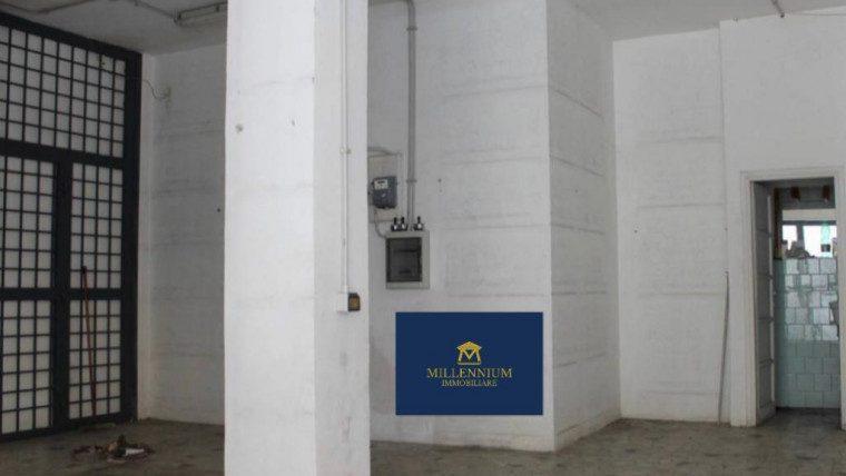 NUMIDIO QUADRATO – Locale commerciale in affitto