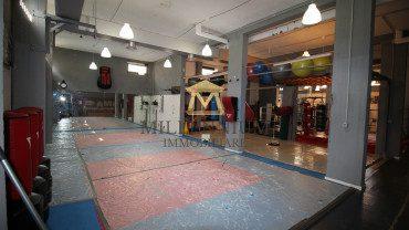 CINECITTA' EST – Locale commerciale in vendita